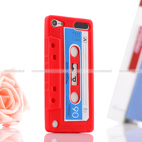 oncoque.fr/img/etra/coque-apple-ipod-touch-5-cassette-bande-silicone-housse-gel-rouge-2953_1