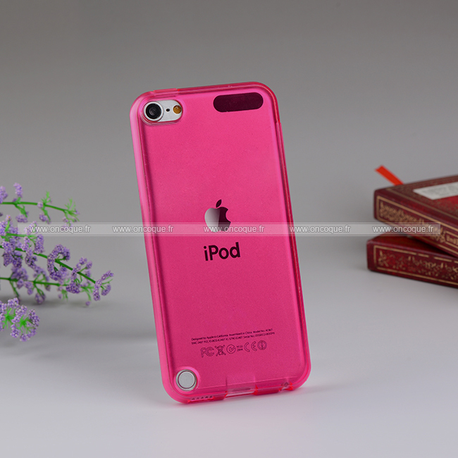 Coque apple ipod touch 5 silicone transparent housse rose for Housse ipod touch