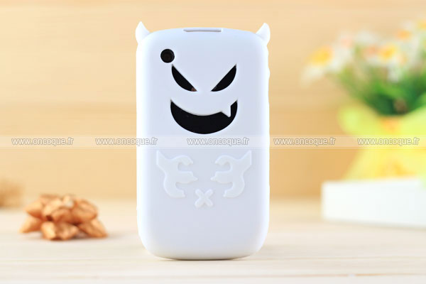 Coque blackberry curve 8520 demon silicone housse gel for Housse blackberry curve 9300