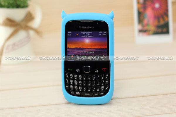 Coque blackberry curve 8520 demon silicone housse gel bleu for Housse pour blackberry curve