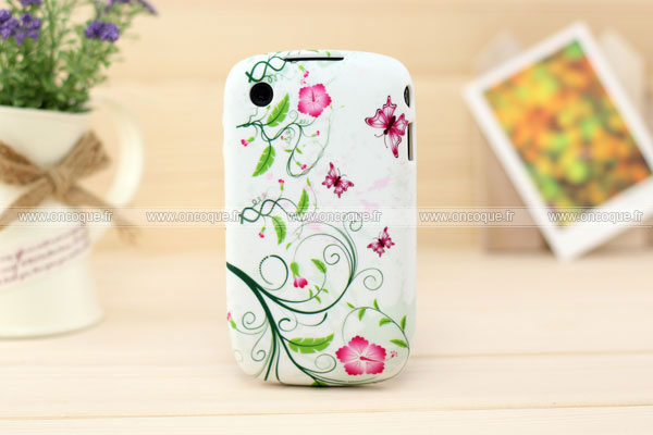 Coque blackberry curve 8520 fleurs housse silicone gel verte for Housse blackberry curve 9300